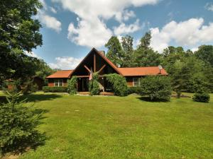 A beautiful home in the quiet community of Ironsburg