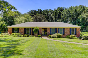 8104 Ainsworth Drive, Knoxville, TN 37909