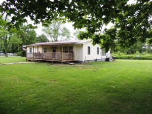 75 First St, Crab Orchard, TN 37723