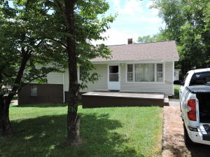 1105 Payne Rd, Knoxville, TN 37914