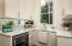Butler's Pantry/ Wet Bar