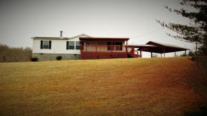 187 Elizabeth Russell Lane, Speedwell, TN 37870