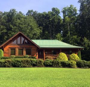 114 Pine Loop Drive, Madisonville, TN 37354