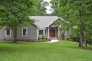 418 Carrie Drive, Crossville, TN 38572