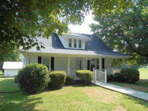 1704 Maple St St, White Pine, TN 37890