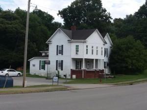 169 Liberty St, Jacksboro, TN 37757