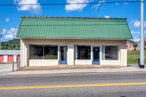 332 Main St, Rocky Top, TN 37769