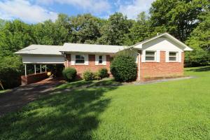 120 Malvern Rd, Oak Ridge, TN 37830