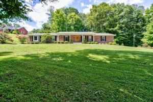 192 Davis Chapel Rd, Lafollette, TN 37766