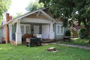 2208 Laurel Ave, Knoxville, TN 37916