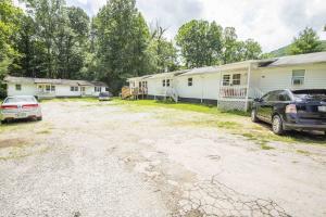 135 Woods Circle, Caryville, TN 37714