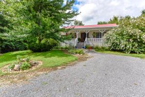 297 Lester Whitt Rd, Rutledge, TN 37861