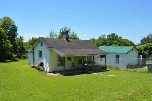 2102 Adams Ave, Knoxville, TN 37917