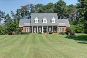 1042 County Road 609, Etowah, TN 37331