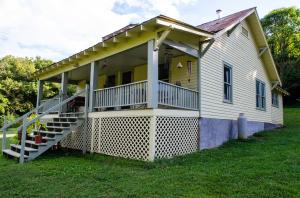 8411 Thompson School Rd., Corryton, TN 37721