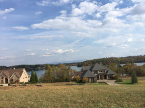 290 Whippoorwill Drive, Vonore, TN 37885