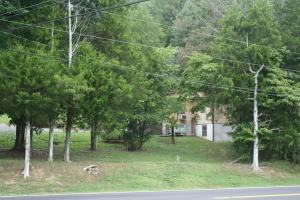8809 Buttermilk Rd, Lenoir City, TN 37771
