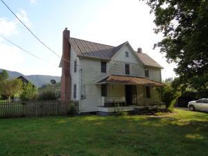509 Jackson Hollow Rd, Thorn Hill, TN 37881