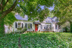 4253 Holloway Drive - Classic Cape Cod