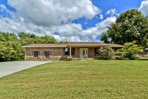4114 Shaw Drive, Rockford, TN 37853