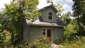 Charlie Lane, Speedwell, TN 37870