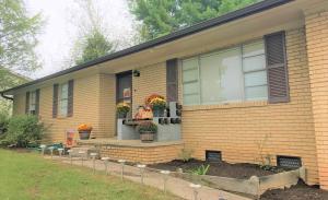 7620 Cedar Crest Rd, Knoxville, TN 37938