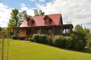 Stunning Log Cabin Home