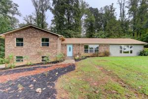 8630 Majors Rd, Knoxville, TN 37938