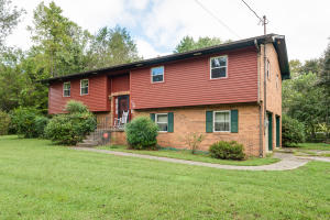 120 Cedar Rd, Clinton, TN 37716