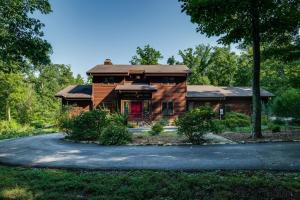 1125 W Laurel Way, Monterey, TN 38574