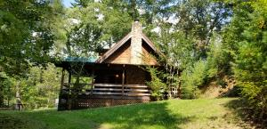 Your PIECE OF PARADISE across from The Tellico River