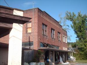 205 Avondale Ave, Middlesboro, KY 40965