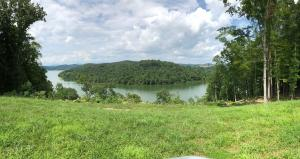 Lakefront-Melton Hill Lake