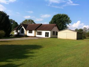 120 Oscar Lane, Speedwell, TN 37870