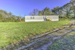 289 Jordan Rd, Washburn, TN 37888