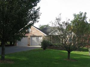 1127 E Deer Creek Drive, Crossville, TN 38571