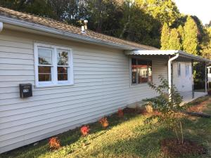 176 Hillside Rd, Oak Ridge, TN 37830