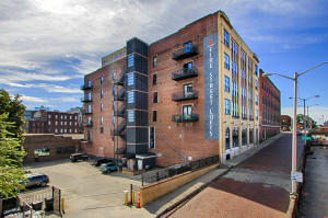 220 W Jackson Ave, 404, Knoxville, TN 37902