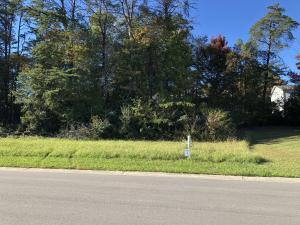 111 Crossroads Blvd, Oak Ridge, TN 37830