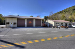 629 Brooklyn St, Cumberland Gap, TN 37724