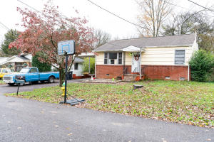 430 Howell Ave, Knoxville, TN 37920