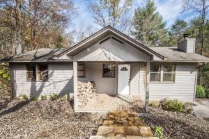 1931 Spring Hill Drive, Sevierville, TN 37876