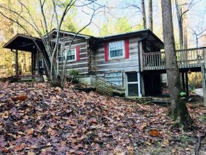 3125 Cool Creek Rd, Sevierville, TN 37862