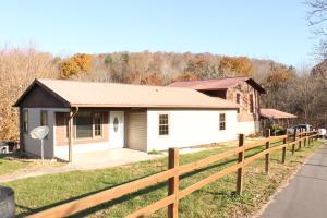 141 Oak Grove Church Rd, Washburn, TN 37888