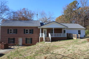 1617 Reaves Rd, Knoxville, TN 37912
