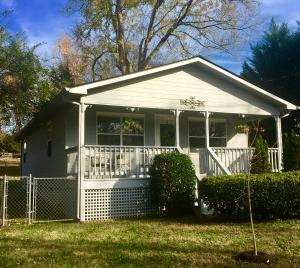 2208 Bradshaw Garden Rd, Knoxville, TN 37912