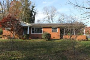 715 Brown Mountain Rd, Knoxville, TN 37920