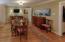 WONDERFUL DINING ROOM OR SPACIOUS KEEPING ROOM