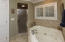 SIZEABLE SHOWER & WHIRLPOOL TUB