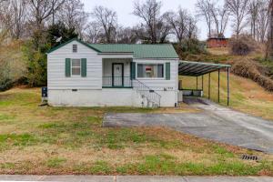646 Robertsville Rd, Oak Ridge, TN 37830
